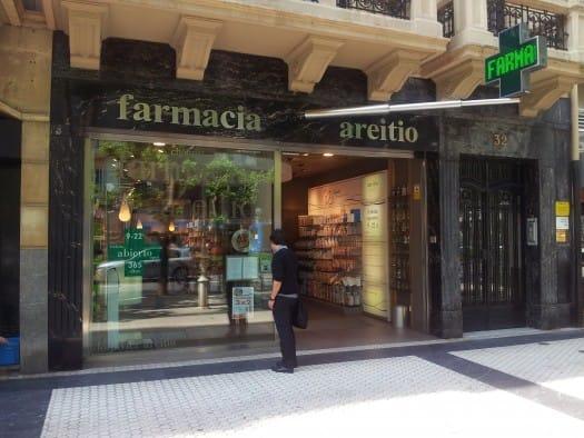 Farmacia Areitio, entrada