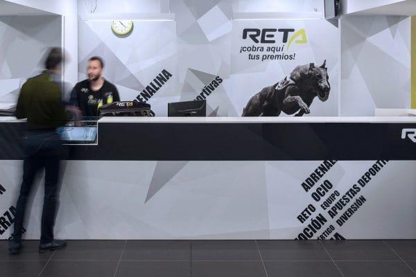 RETA-Slider-01