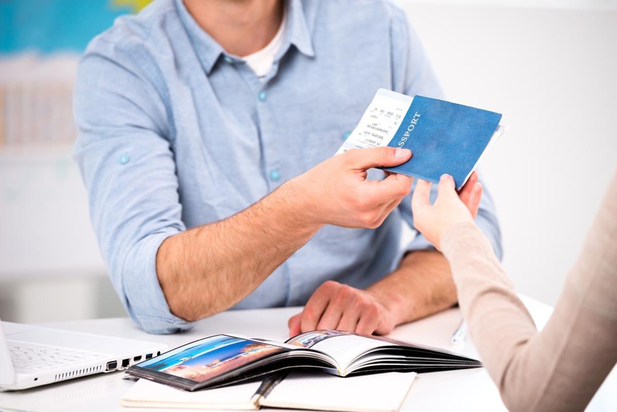 Las agencias de viaje son retailers que venden productos intangibles